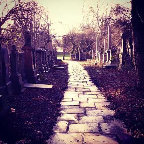 Kuantum Shah Ibrahim Woodhouse Cemetery