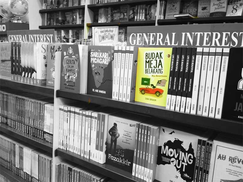 Budak Meja Belakang Pax Americana di Gallery Bookstores Selected B&W