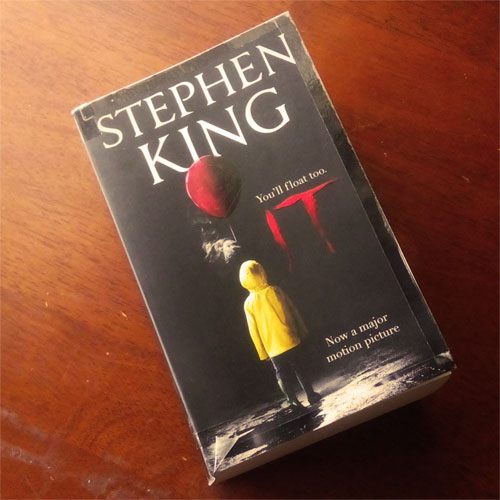 Novel IT Stephen King Blog Coretan Sang Flowerman